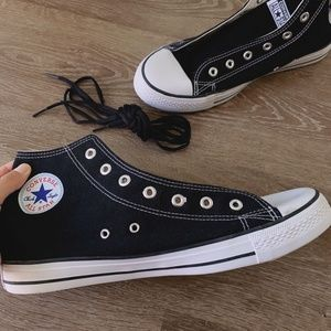 NEW Converse Men Shoes size 12